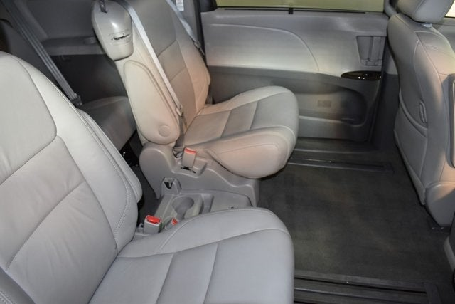 Brilliant 2017 Toyota Sienna Xle Premium 7 Passenger 4D Passenger Van Creativecarmelina Interior Chair Design Creativecarmelinacom